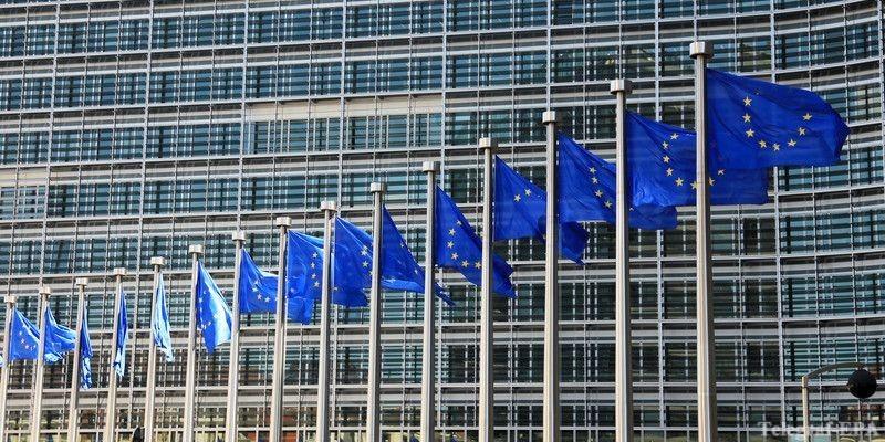 В Еврокомиссии создали группу из высококвалифицированных специалистов по коронавирусу